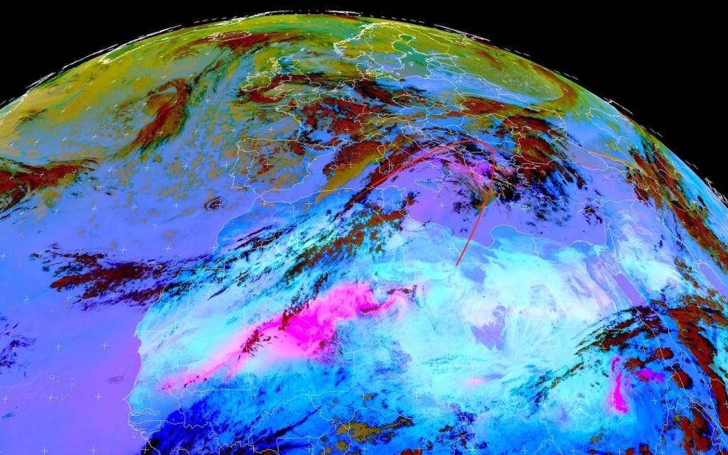 Immagine satellitare in falsi colori che permette di individuare alte concentrazione di polvere in sospensione