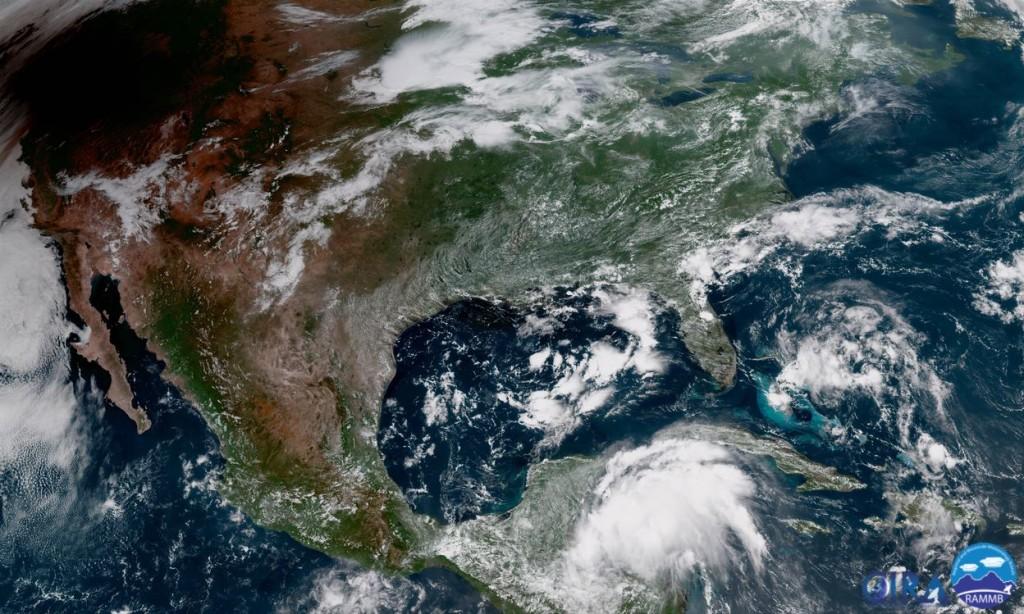 Immagine satellitare degli Stati Uniti che mostra l'inizio dell'Eclisse
