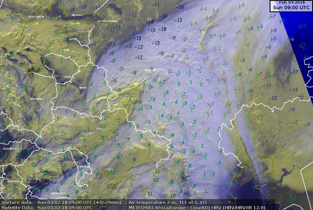 Immagine satellitare della depressione attiva su Mosca insieme alle temperature misurate