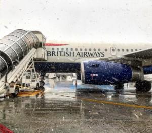 Freddo raggiunge il Nord: Neve fino in spiaggia tra Veneto e Emilia [FOTO] - Aeroporto Bologna
