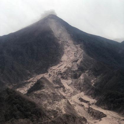 Le conseguenze della disatrosa eruzione del Vulcan de Fuego, in Guatemala, America centrale nella giornata di domenica 3 giugno.