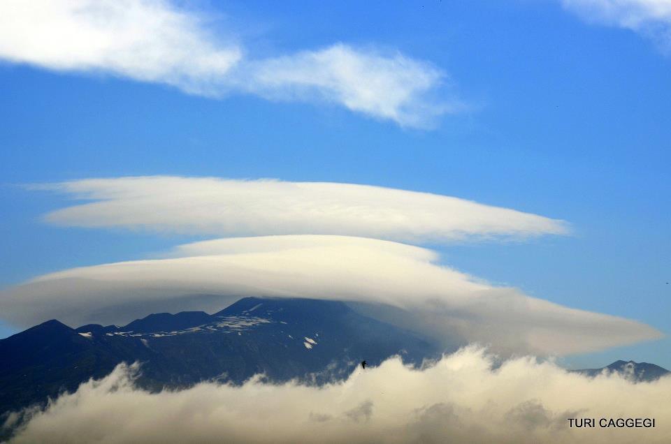 Nubi orografiche sull'Etna.