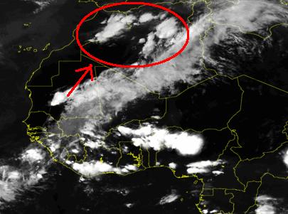 Immagine satellitare acquisita alle ore 21 di Domenica sera.