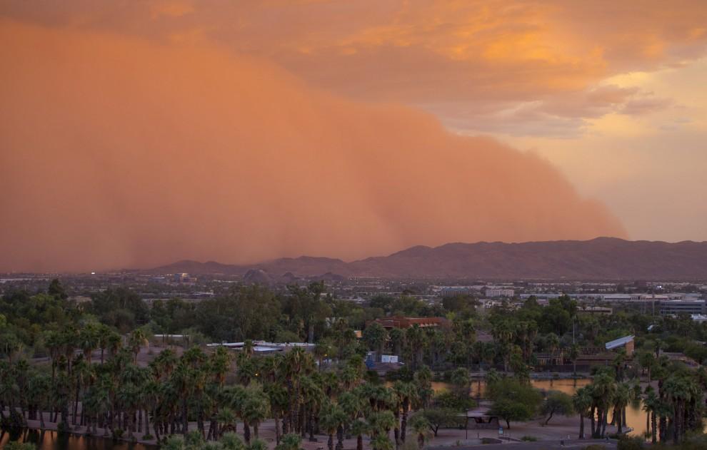 Tempesta di sabbia su Phoenix, 3 luglio 2014. Tutti i diritti riservati all'autore della foto.